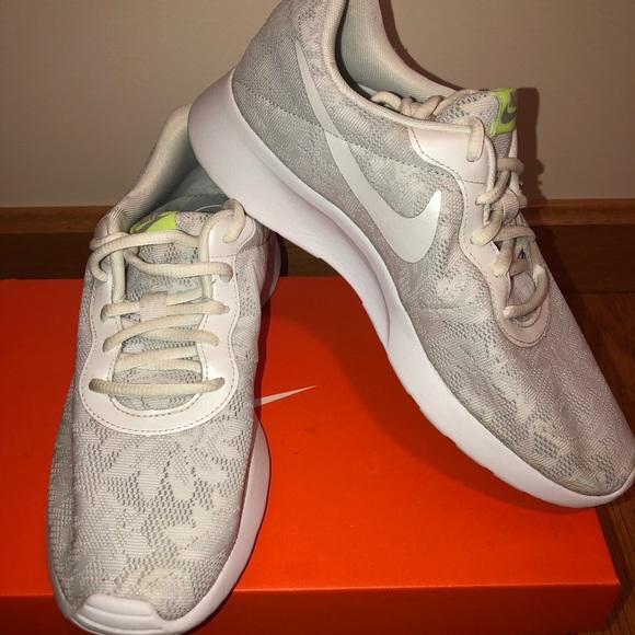 Nike Free 5.0 Gray Lace Shoe